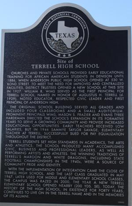 [Texas Historical Commission Marker: Terrell High School]