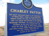 Holly Ridge Cemetery: trail marker 2