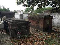 Slave graves at Lafayette Cemetery No. 1