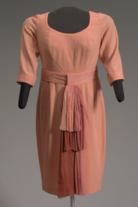 Peach dress and belt worn by Oprah Winfrey on The Oprah Winfrey Show