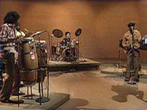 "Sunfire perform ""Soka Jame"" in the Say Brother studio"