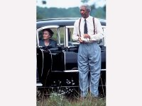 Tandy and Freeman in Driving Miss Daisy