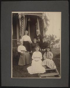 [Civil War veteran with family]