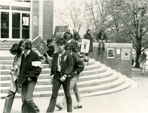 Students protesting outside Machmer Hall during the Strike of 1970
