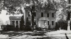 Beckley / Hammet / Bertoni House (built by Josia Beckley in 1836), 1425 Pontiac St. - stop on underground railroad