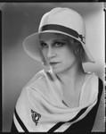 Peggy Hamilton modeling a felt hat, 1931