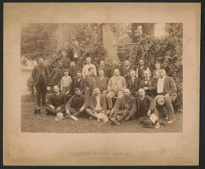 [Civil War veterans of the 8th Pennsylvania Cavalry Regiment at a reunion in Gettysburg]